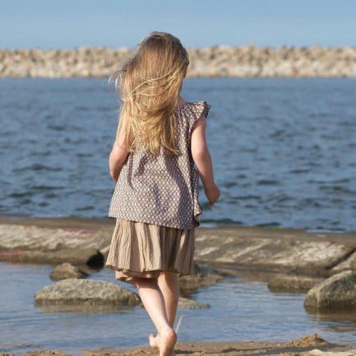 Kindertunika und Sommerrock in beige