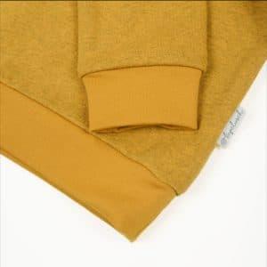 Bio Sweater für Kinder senfgelb Ausschnitt
