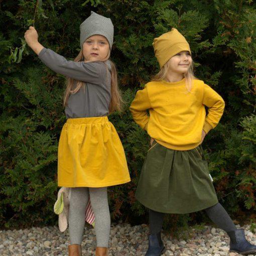 Mädchen Cordrock tannengrün mit Paspeltaschen