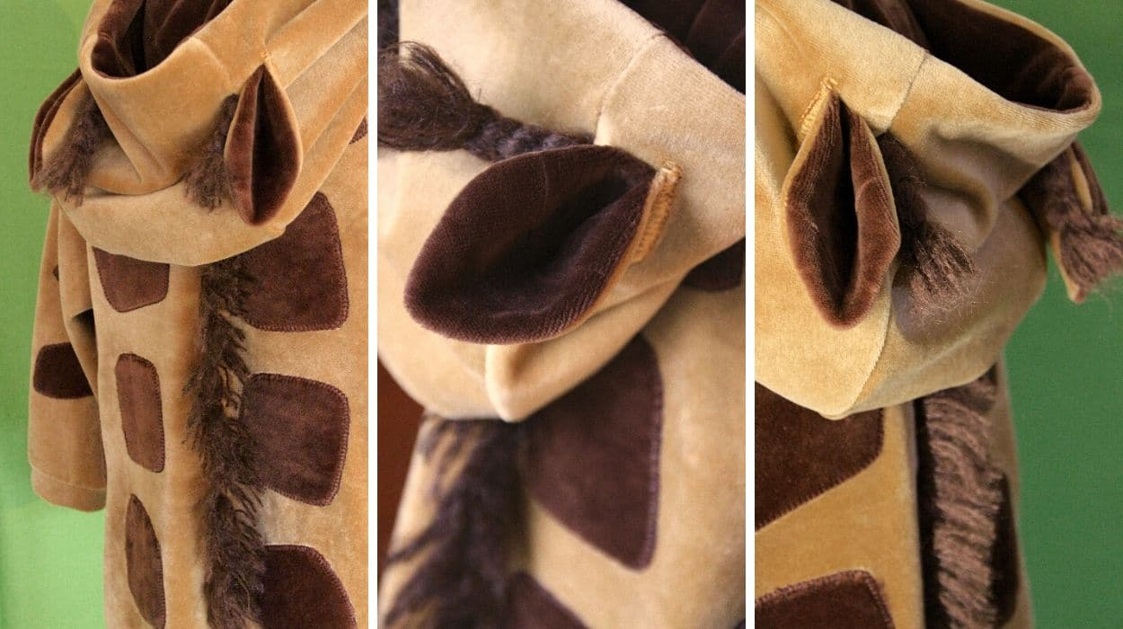 Kapuzenpullover Giraffe aus Nickivelours - Detailsansichten
