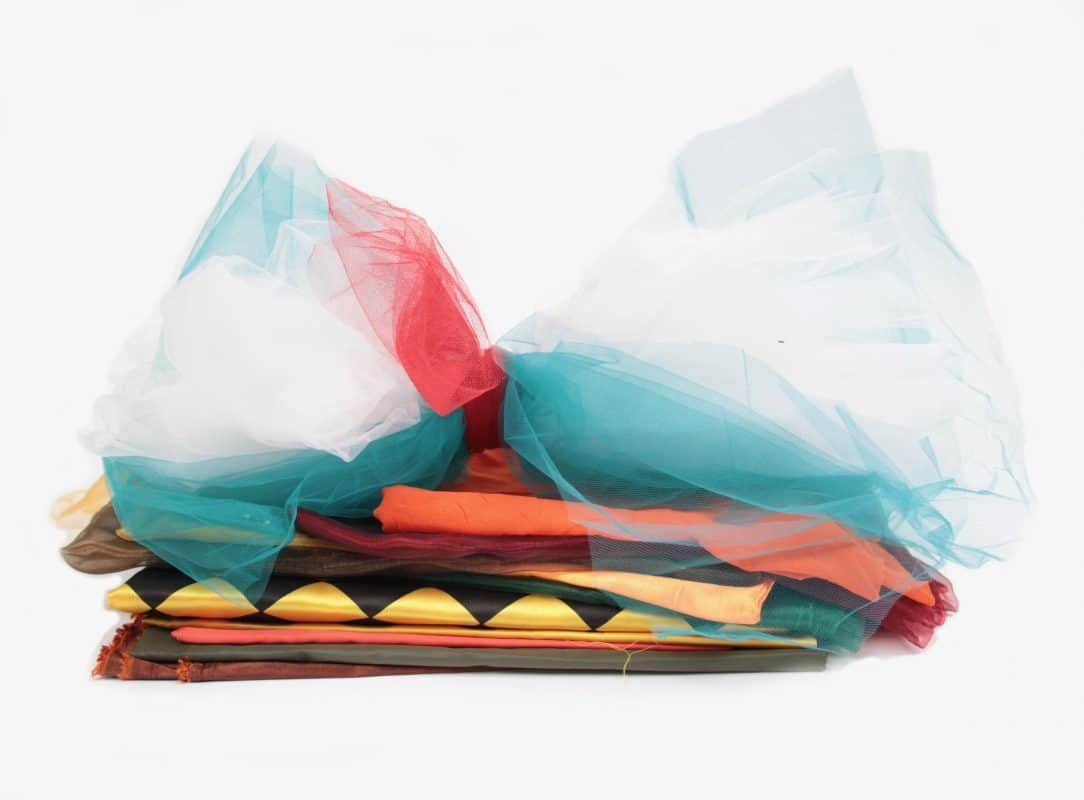 Nachhaltige Kinderkostüme Polyesterstoffe für ein Upcycling-Projekt