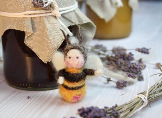 Honig und Biene aus Filz